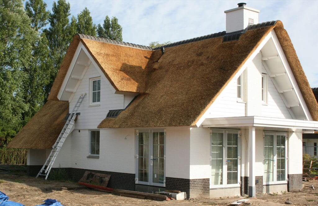 Rieten daken op vakantiehuizen in Noordwijk