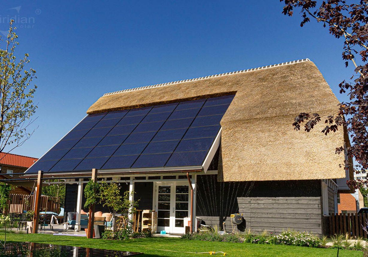 Wij zijn dealer indakzonnepanelensysteem Clearline fusion - Viridian Solar